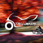 Njut av Motorcykelåkning på bästa sätt under Hösten